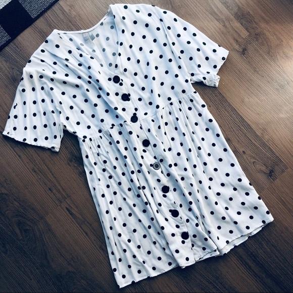 asos white & black swing dress size 2✨